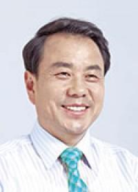 이우현의원님-증명사진-사본.jpg